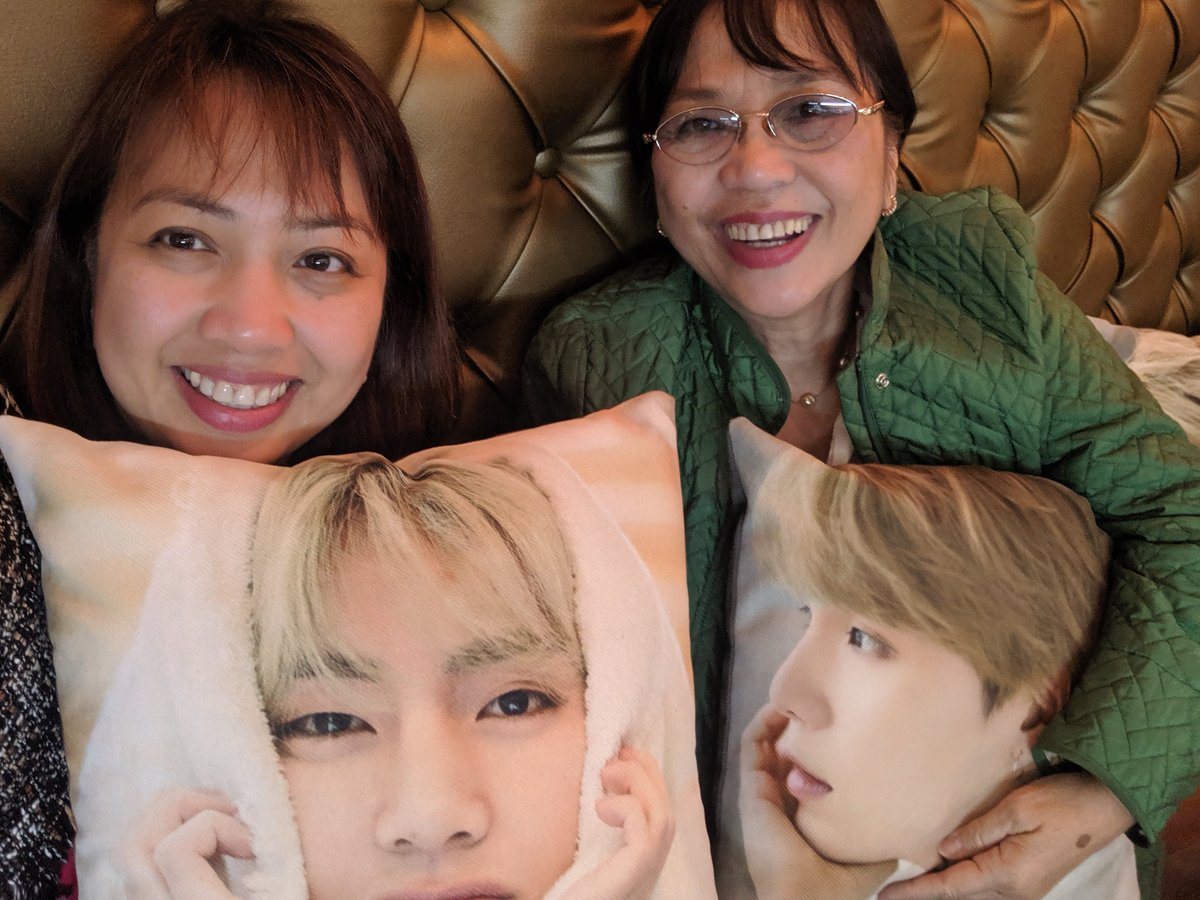 Last day @ChanGe_Cafe for #FIRSTLOVE_AU  Thank you @gowithyeontan for this event. Mum enjoyed her Jin coffee. And she loves all the pillows specially SUGA (her bias!)...    #BTS6thAnniversary  #BTS   #BTSARMY   #6thyearwithourhomebts <br>http://pic.twitter.com/xeTcyywp9T