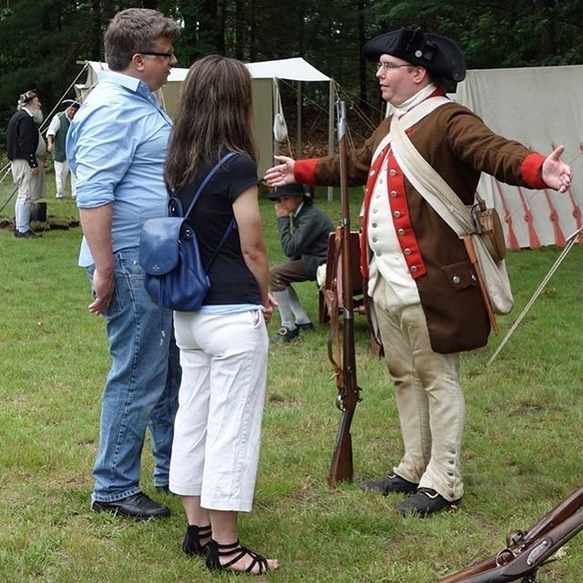 The most important thing we do in our regiment is teach the public about our history. #massachusetts #reenactment #newengland #revolutionarywar #patriots https://t.co/9NRnZPiUU4