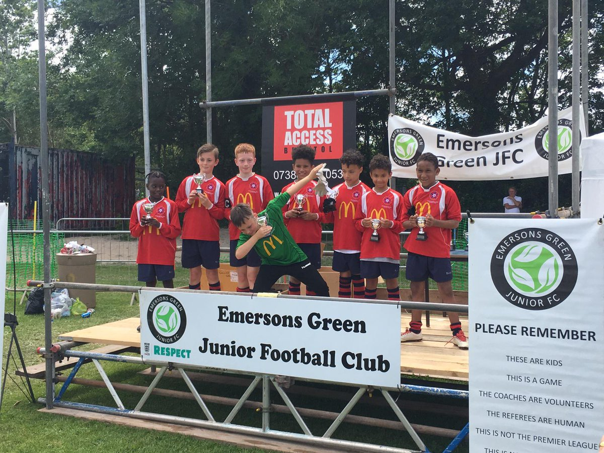 Well done U10s, runner up in Emersons Green tournament https://t.co/jD2711ZxmI