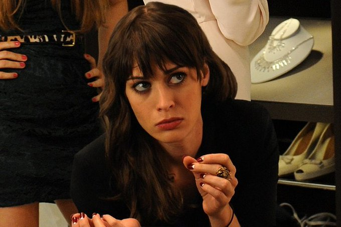 Happy Birthday to the one and only Lizzy Caplan!!!