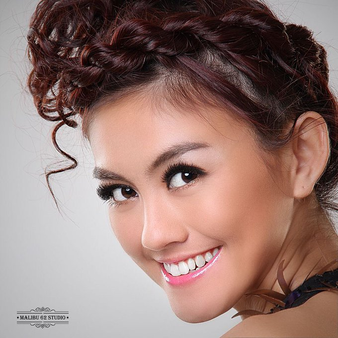 Happy Birthday AGNEZ MO. Wish you luck for everything. God Bless you,