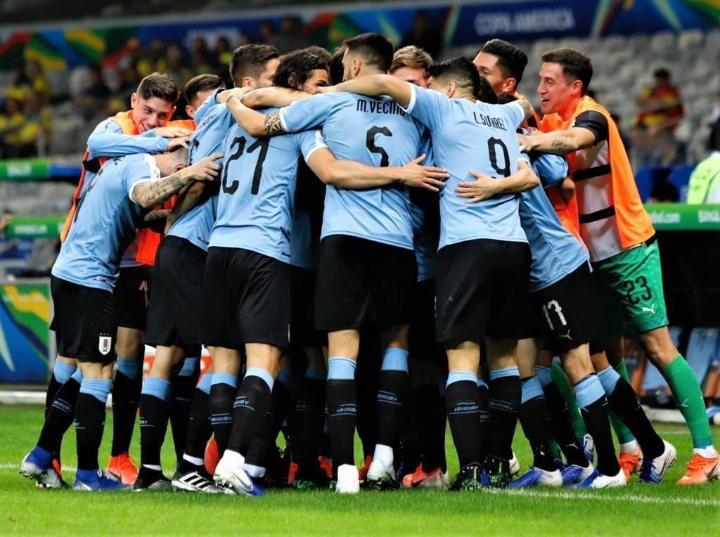 Tristeza por la eliminación, sobre todo por la gran ilusión que teníamos todos, jugadores y todo el pueblo uruguayo.  Gracias por el apoyo de siempre! Seguiremos trabajando para que se sientan orgullosos de esta selección, como nos sentimos nosotros de vestir esta camiseta! 🇺🇾