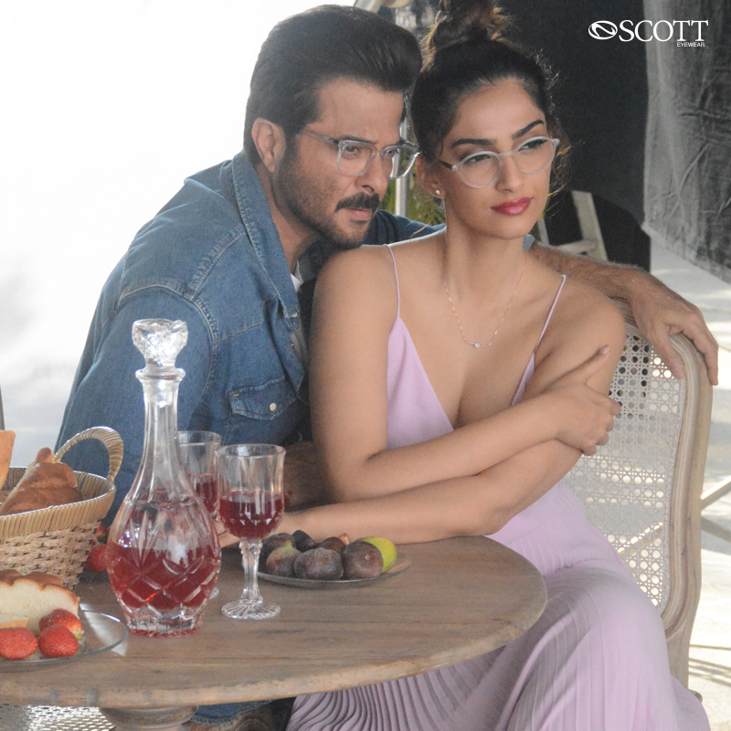 Strut with swag in the trendy, light weighted optical glasses from #ScottEyewearXAKSK collection. Get going and Grab your favorite frames from the collection!  #ScottSunnies #ISeeYou #Spotted #Scotted #SpotTheScott #ScottTheSun #scotteyewear #AnilKapoor #SonamKapoor