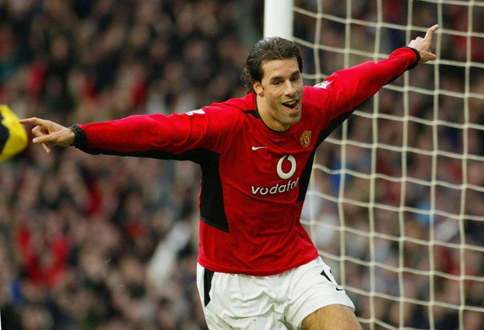 Happy birthday to Manchester United legend Ruud Van Nistelrooy!
