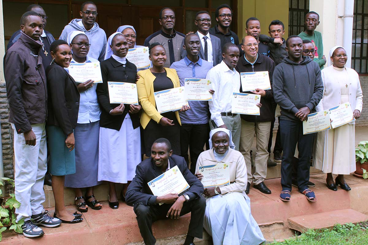 Kenya - Media formation course https://t.co/TV80b7jqU6 https://t.co/mSs8pW00PO