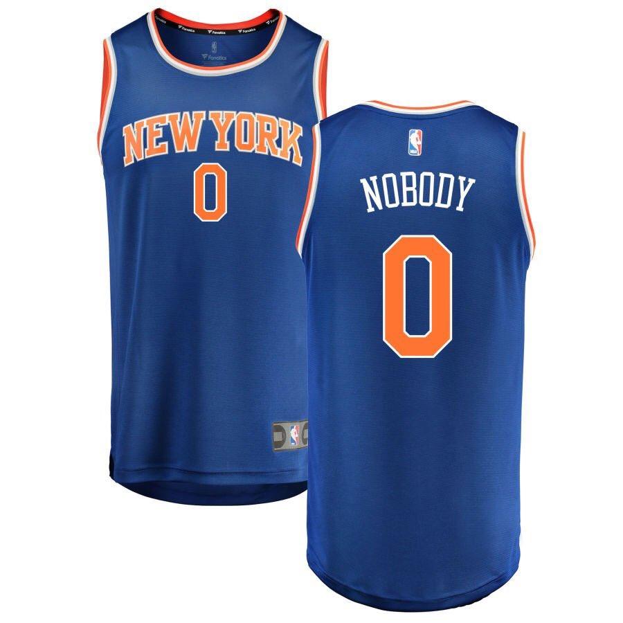 Heading to @NBASTORE shortly who needs one? #NBAFreeAgency