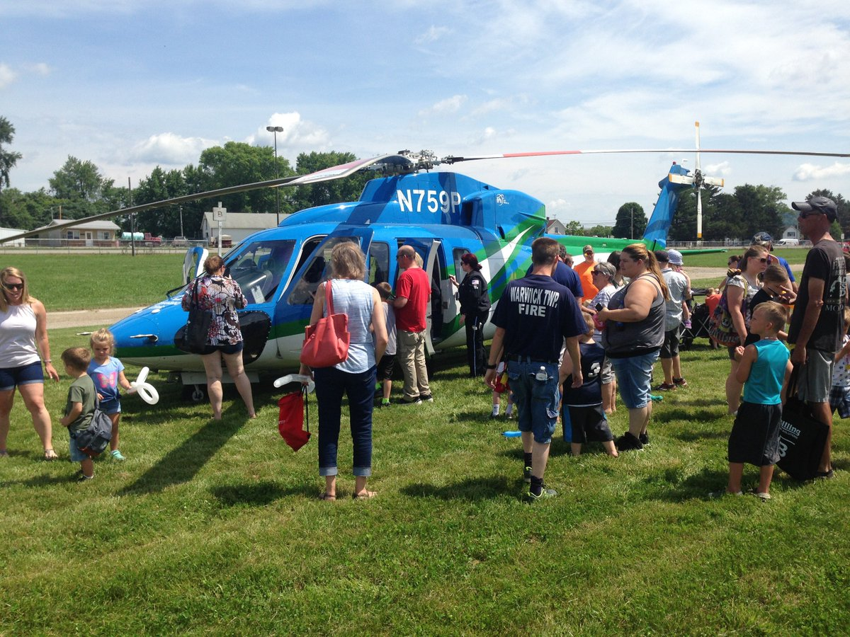 A crew from the @ClevelandClinic Critical Care Transport team traveled by  helicopter to the HRN Firefighter Field Day at the Tuscarawas County Fairgrounds on Saturday. See more about the Critical Care Transport team here: https://t.co/wWxbZ4St3O https://t.co/Kld1cCvH4n