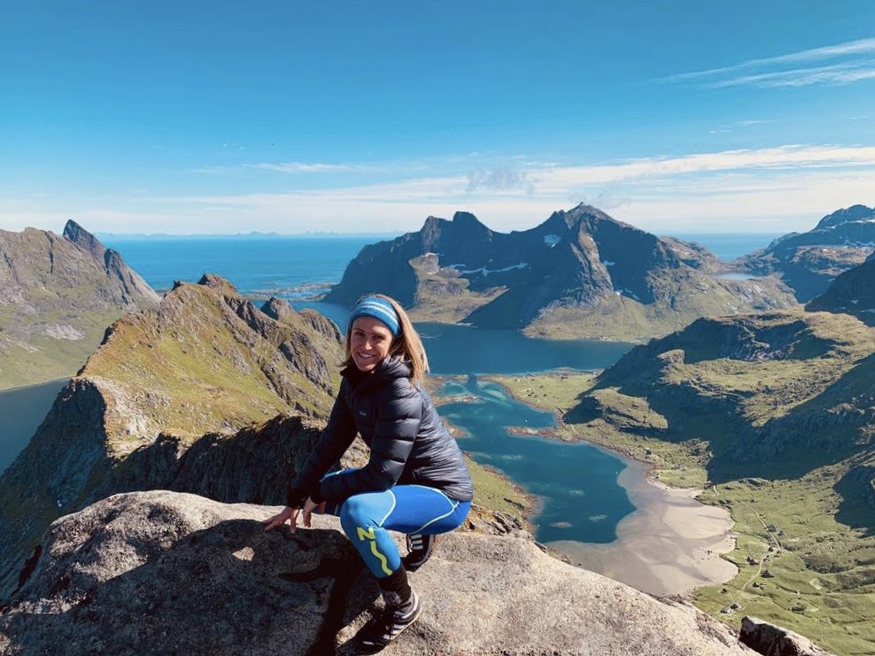 Jst parked a little part of my soul in the splinter-bright light of the Arctic's Lofoten Islands. Now home to write JUNGLEDROP (nxt adventure in THE UNMAPPED CHRONICLES).Once the glow-in-the-dark rainforest&golden panthers r done, I'll b bk online but for the nxt few months, bye!