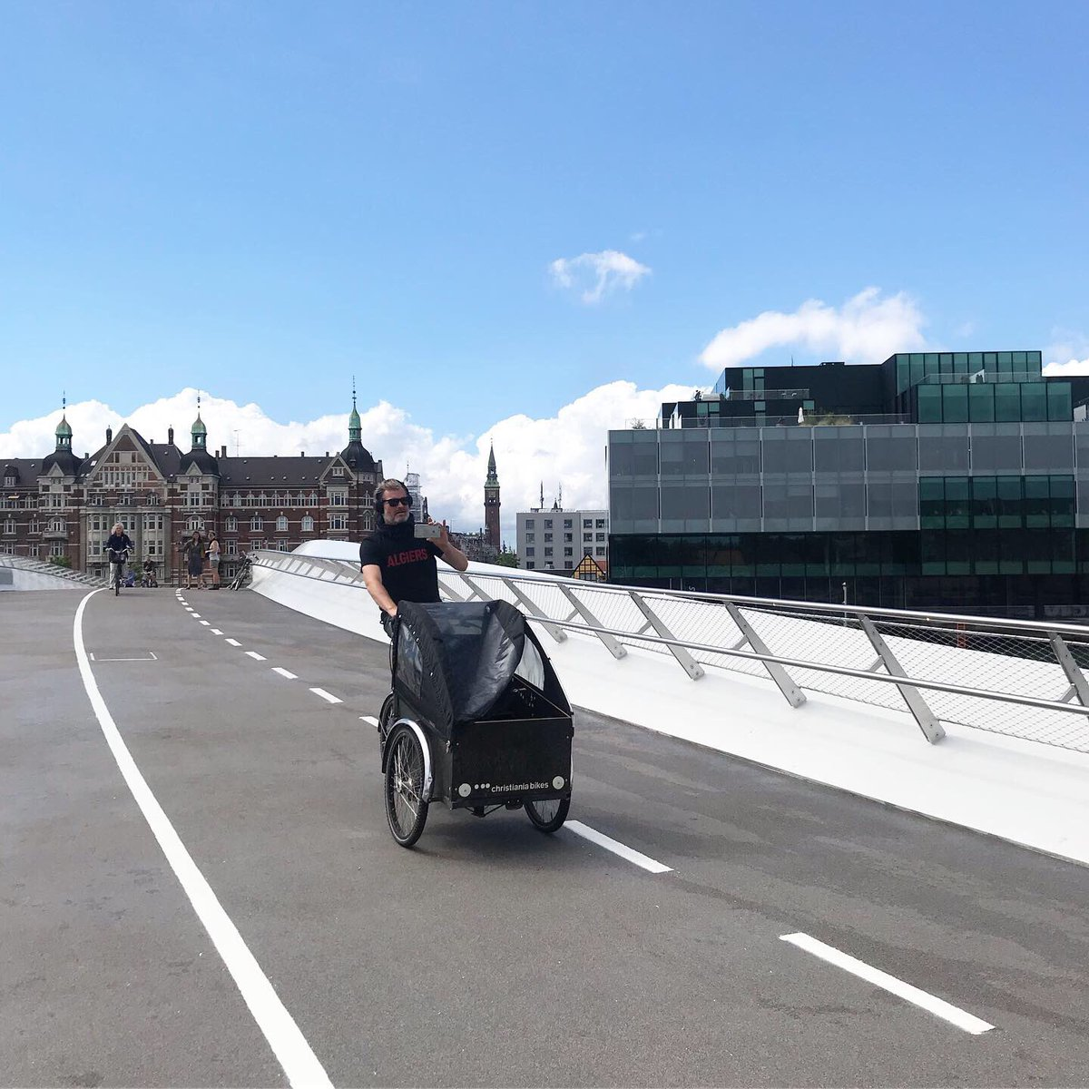 Today, yet another 🚲 and 🚶🏿 bridge opened in #Copenhagen! We feel very lucky to have our co-working space right next door.Huge thanks to @Realdaniadk and the City of Copenhagen for prioritizing clean transportation 🙏@BLOX_KBH , @DACdotDK, @designcentret, @koebenhavner