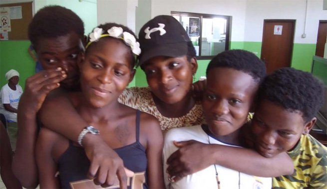#Angola – Chance for redemption for #Luandagirls https://t.co/JljoMEBu2i https://t.co/Of04y6zSk8