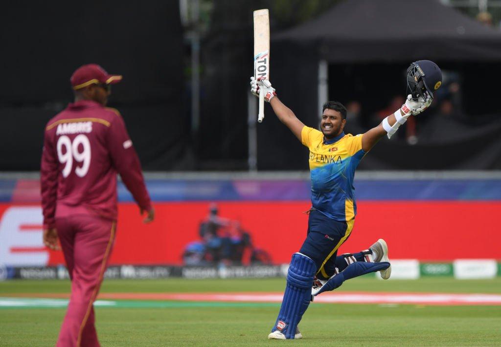 अपने वनडे करियर का पहला शतक लगाने के बाद अविष्का फर्नांडो, फोटो सोर्स: गूगल