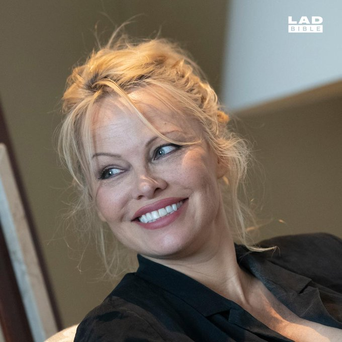 Happy Birthday to Pamela Anderson. The Baywatch star turns 52 today