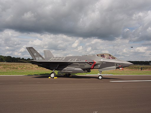 بلجيكا تختار مقاتلات إف-35 من لوكهيد مارتن لإحلال مقاتلاتها القديمة D-_qHDKU0AAmO6S