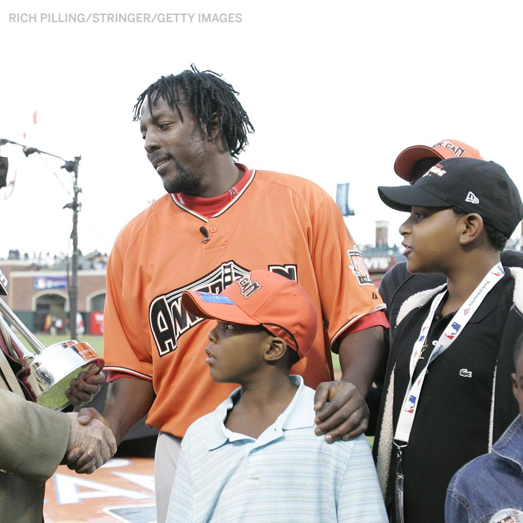 In 2007, Vlad Jr. stood in front of his dad as he accepted the HR Derby trophy.  12 years later, in his first round as a #HRDerby participant, Vlad Jr. breaks the single-round record with 29.