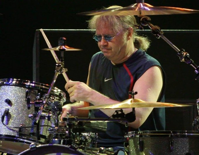 71                                               Deep Purple!! Happy birthday Ian Paice!