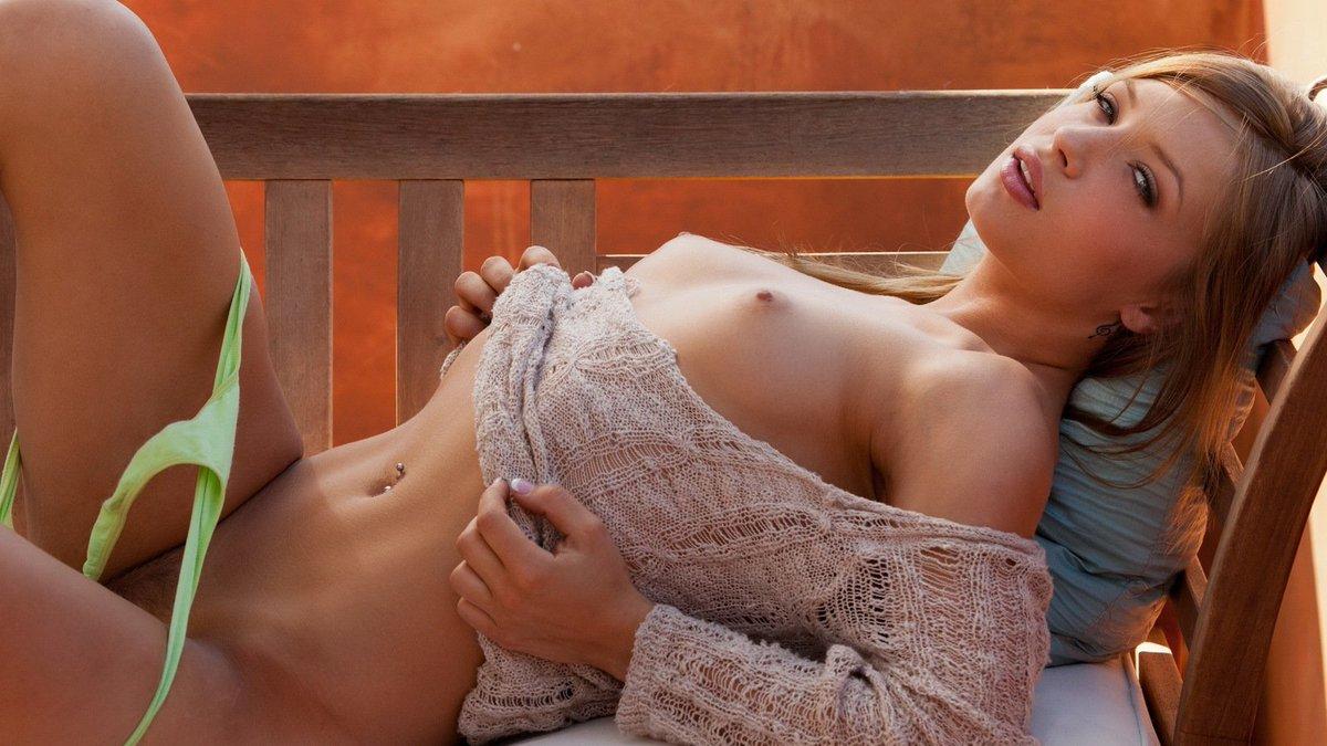 Фотографии секса в балконе