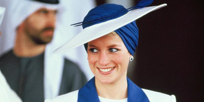 Happy Birthday! A look at Princess Diana\s most iconic style moments