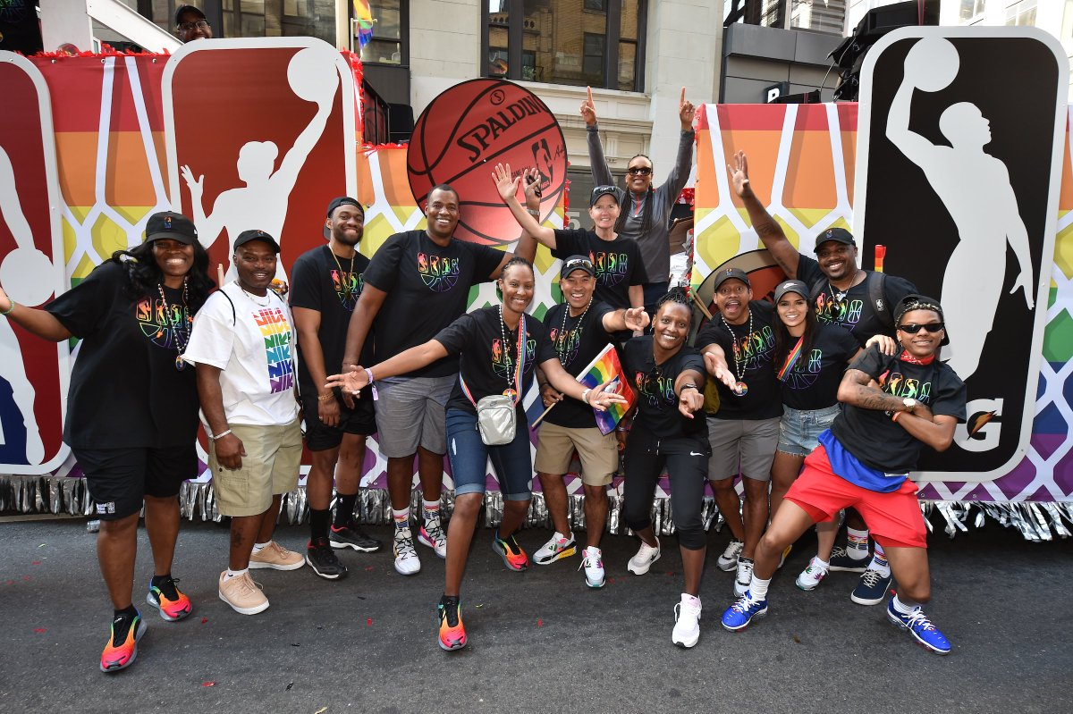 The @NBA @WNBA @NBAGLeague & @NBA2KLeague family celebrated the LGBTQ community in the New York City #Pride March!