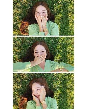 [SNS] Tổng hợp bài đăng của Jessica trên Instagram và Weibo D-dg097VUAUC8Z_?format=jpg&name=360x360