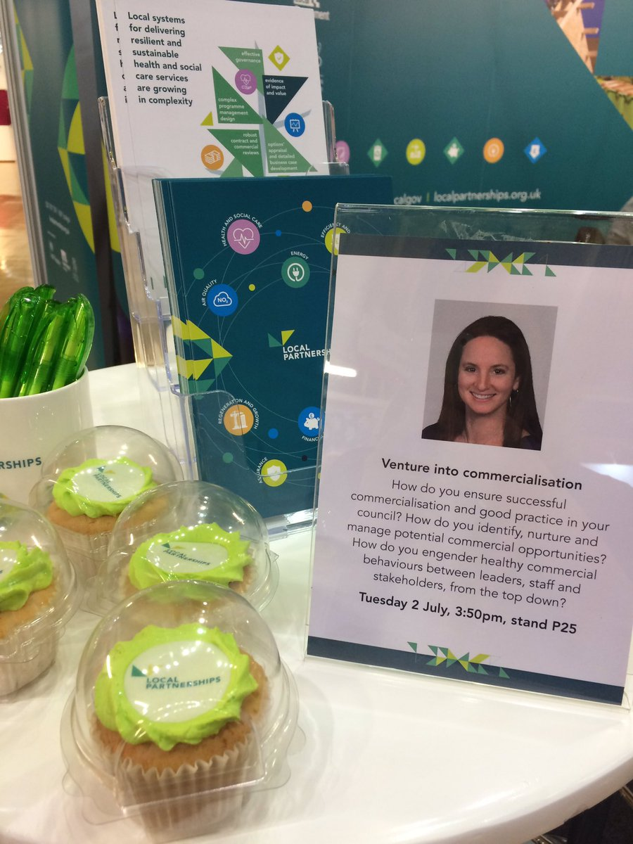 Be sure to swing by stand P25 at 3.50pm today for @JAMcEver  presentation on Venturing into #Commercialisation...  Oh, and grab a cupcake while you're at it! 😋  #CommercialCouncils #Cake
