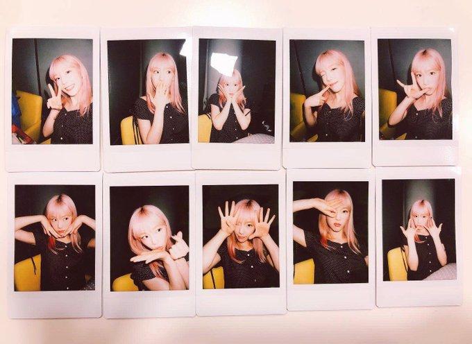 Sunny & Taeyeon Polaroids from SM Super Idol League Weibo D-erJCJUYAEgUUl?format=jpg&name=small