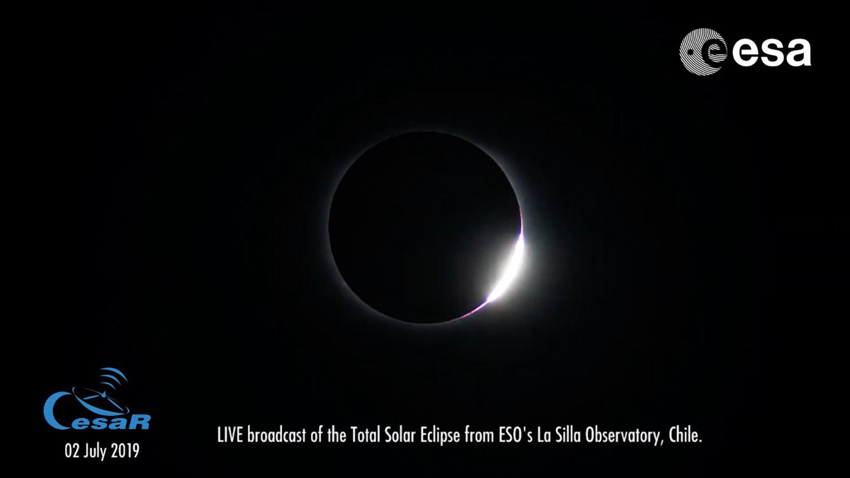 Wow! We loved this view of the diamond ring effect just before totality 💍 Continue watching the #solareclipse here - about an hour to go -> youtube.com/watch?v=JKA2Vu… #eclipse2019 #solareclipse #TotalEclipse