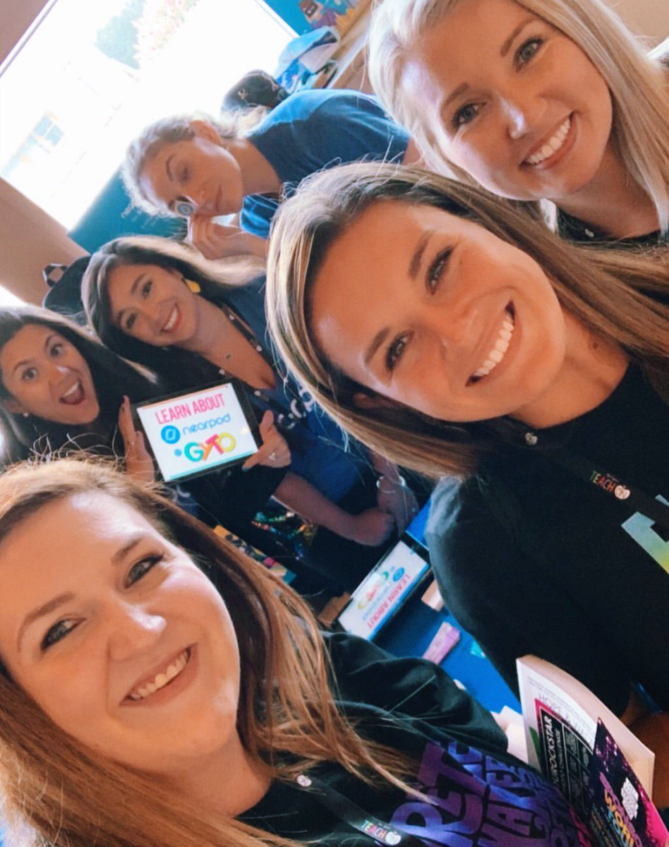 So much 💙 today at the Nearpod Booth 📍 at #GYTO! 🤩 🎉 #GetYourTeachOn 🎉