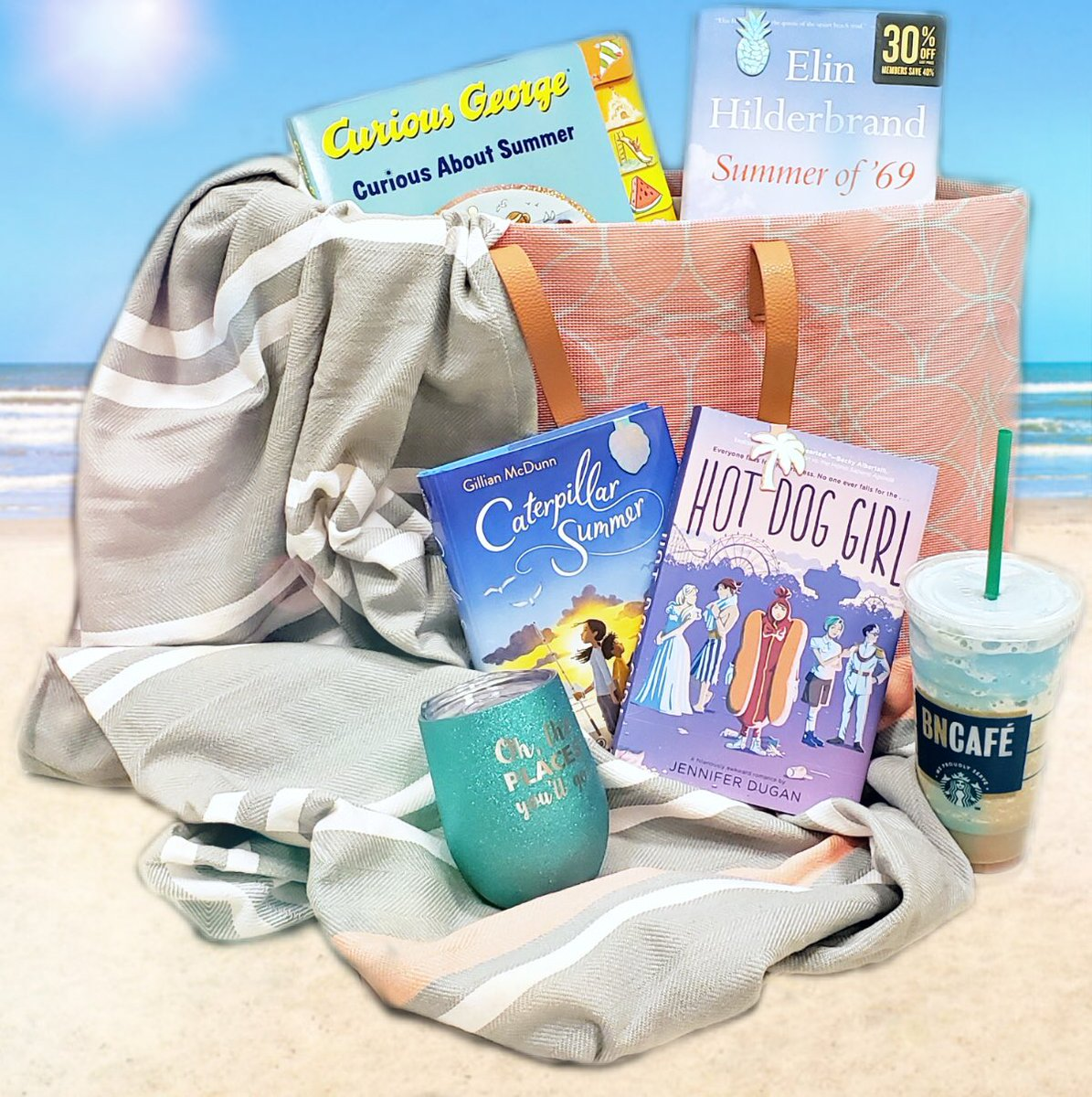 Did someone say beach day?? #BookYourSummer ☀️🏖 📖