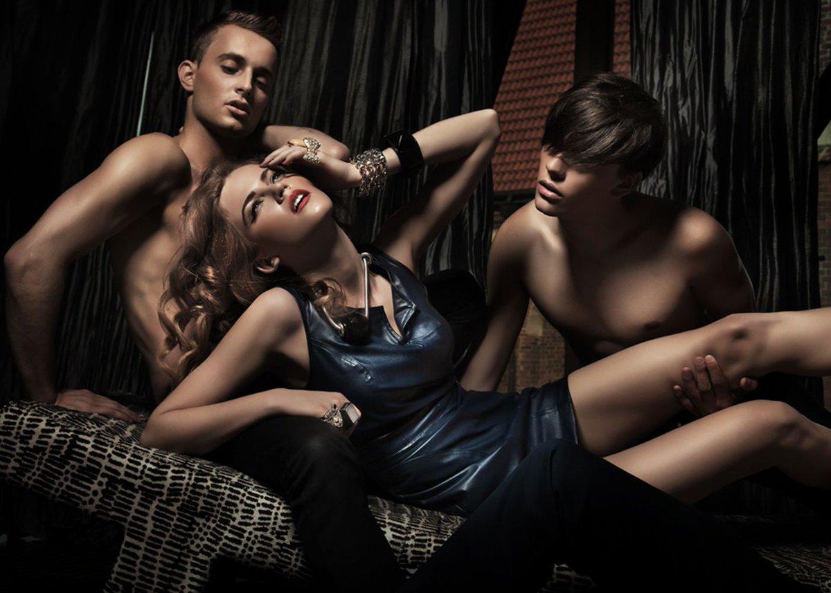 Девушки секс с несколькими партнерами фото 8