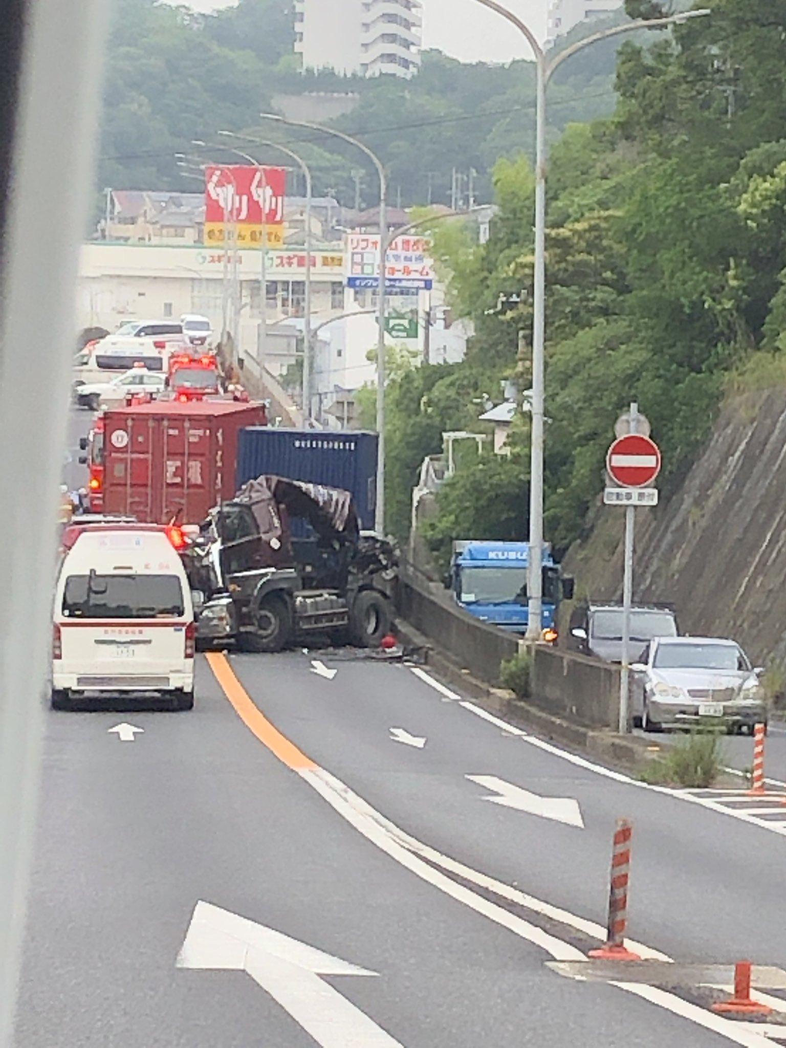 神戸市須磨区車の市道の死亡事故の現場画像