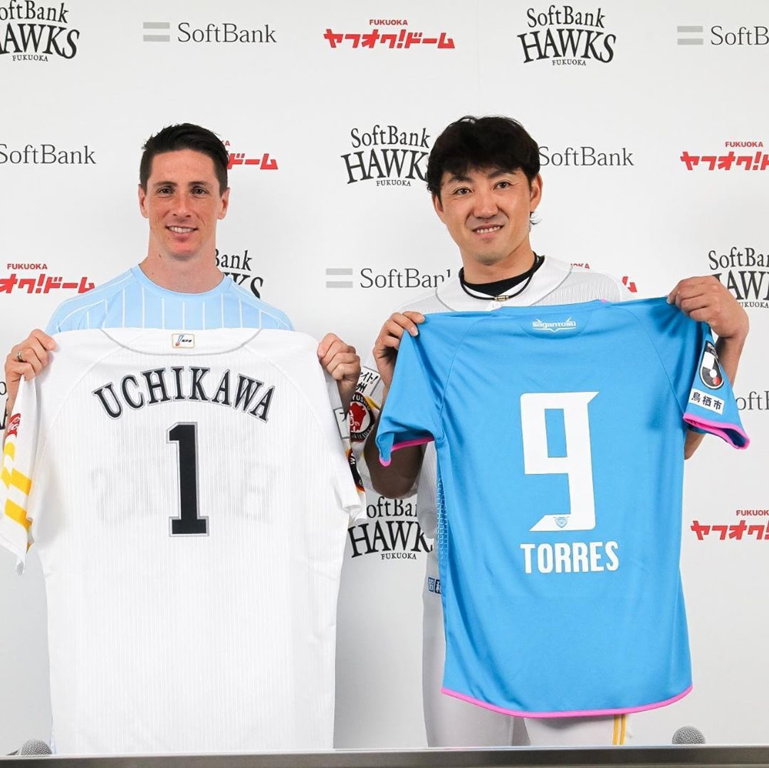 Happy to support #SportKidsProject who encourage kids in Japan to be involved in sport from early age. Thanks to the legend of baseball #SeiichiUchikawa and @HAWKS_official for the fantastic experience.