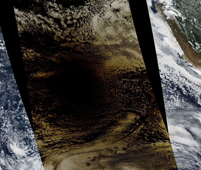 Moon shadow, right down the middle. Cant get much better than that. go.nasa.gov/31YwCiO #modis #eclipse #Eclipsesolar2019 @NASAEarthData