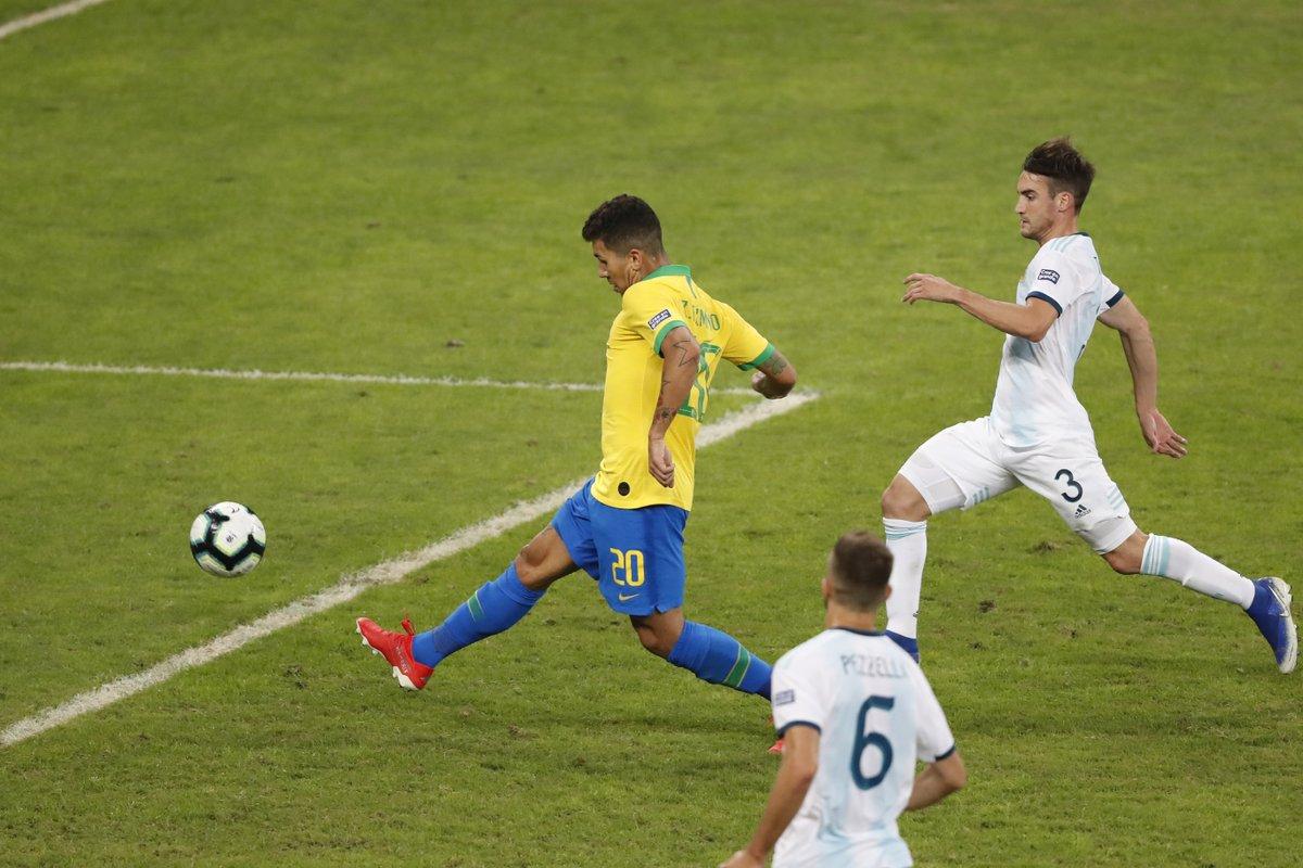 هدف البرازيل الثاني الرااائع في مرمى الأرجنتين في كوبا أمريكا