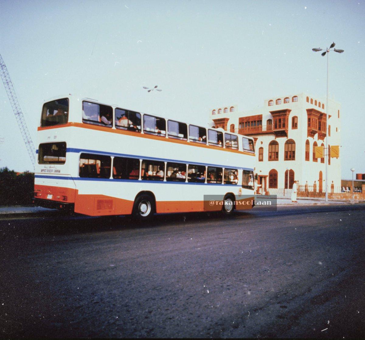 Twitter पर Rakan Sooltaan حافلات النقل الحماعي سابتكو بدأت نشاطها في الرياض عام ١٣٩٩هـ ثم انتشرت في باقي المدن صورة نادرة من جده غير تعود الى بداية الثمانينات الميلادية وتظهر حافلة