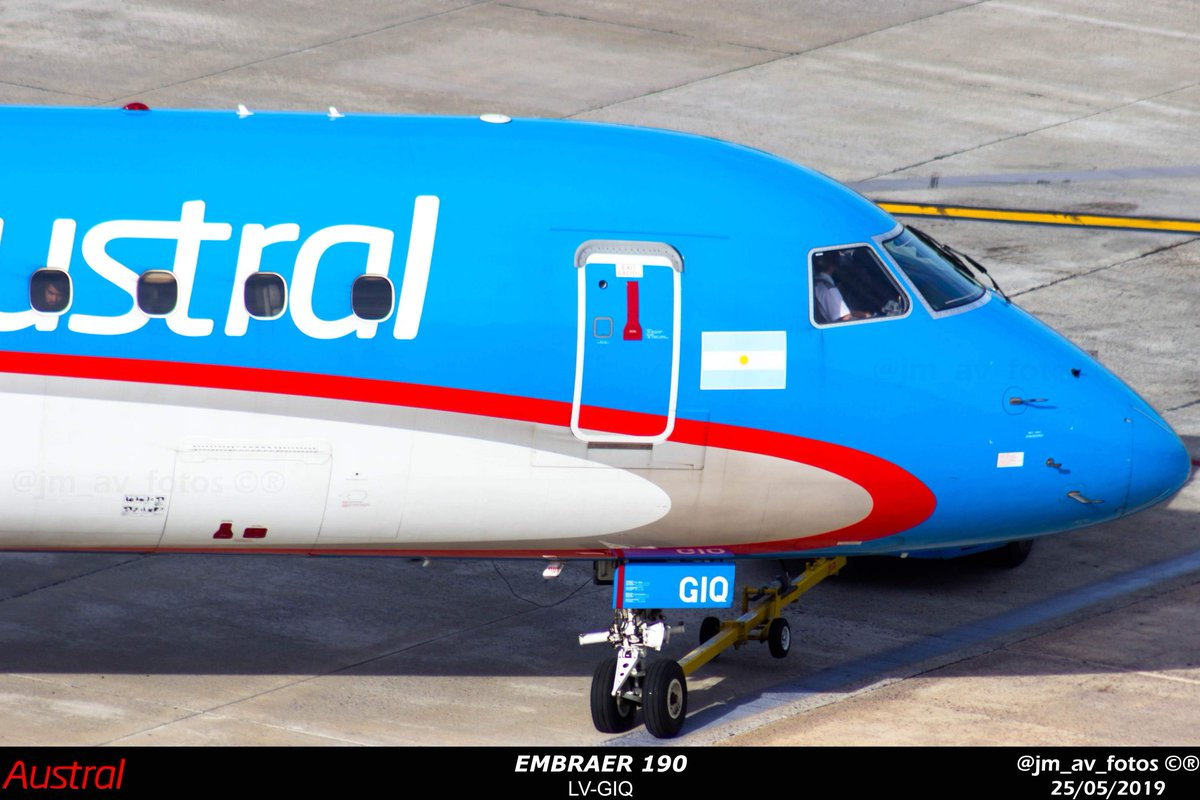 Pushback  . @embraer #Austral #aeroparque  #AustralLineasAereas #spotter #spotting #avporn #photography #aviation4u #taxing #canon #takeoff #canont3i #e190 #lvgiq pic.twitter.com/hs581kFwWO
