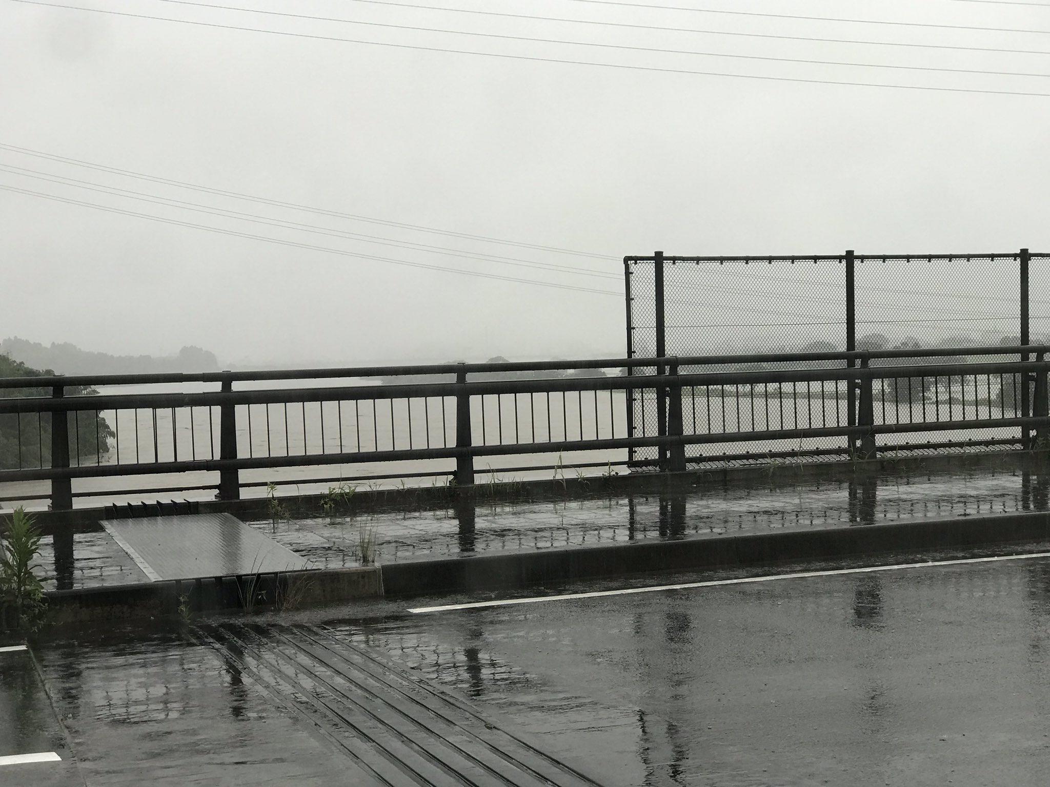 画像,今の大淀川 https://t.co/FaMkoiZKuY。