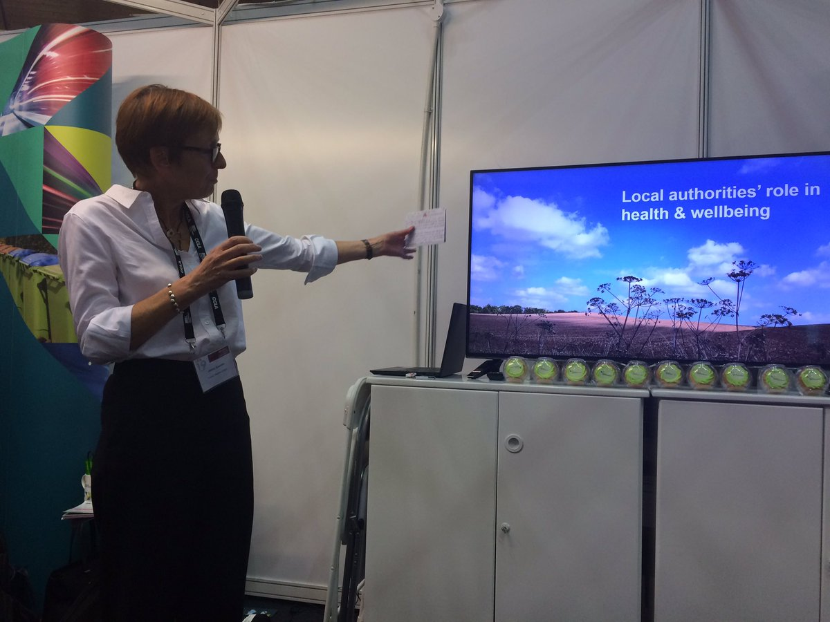"""Local authorities contribute to our health and wellbeing through libraries, public health services, leisure, housing, good air quality... the list goes on""  Jenny Coombs on the link between local authorities, good health and housing at #LGAConf19"