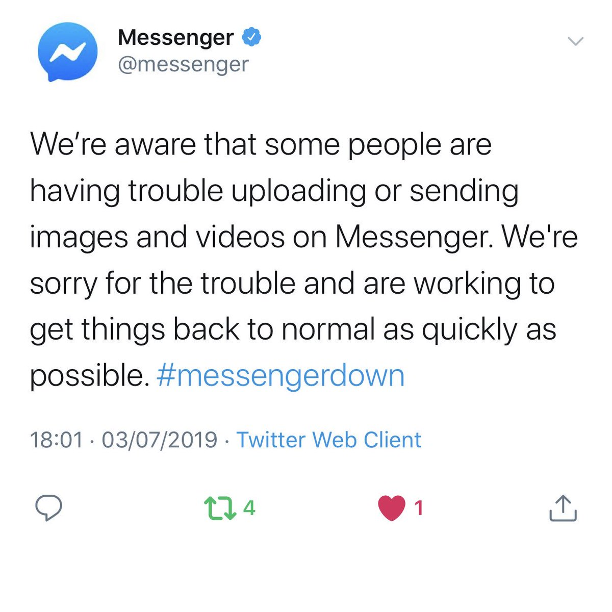 Facebook, Instagram and WhatsApp hit by media messaging