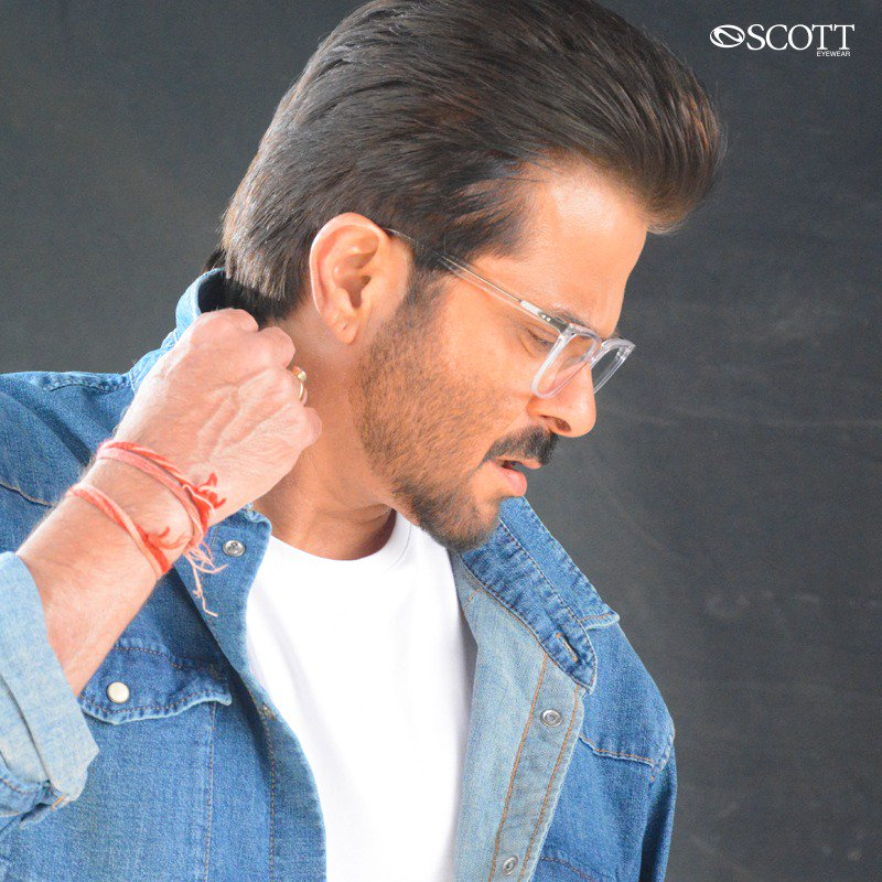With #ScottEyewearXAKSK, See beyond with protected vision while maintaining a fresh and playful attitude. Presenting @AnilKapoor's favorite frames !  #ScottSunnies #ISeeYou #Spotted #Scotted #SpotTheScott #BondOverScott #ScottTheSun #AnilKapoor #SonamKapoor