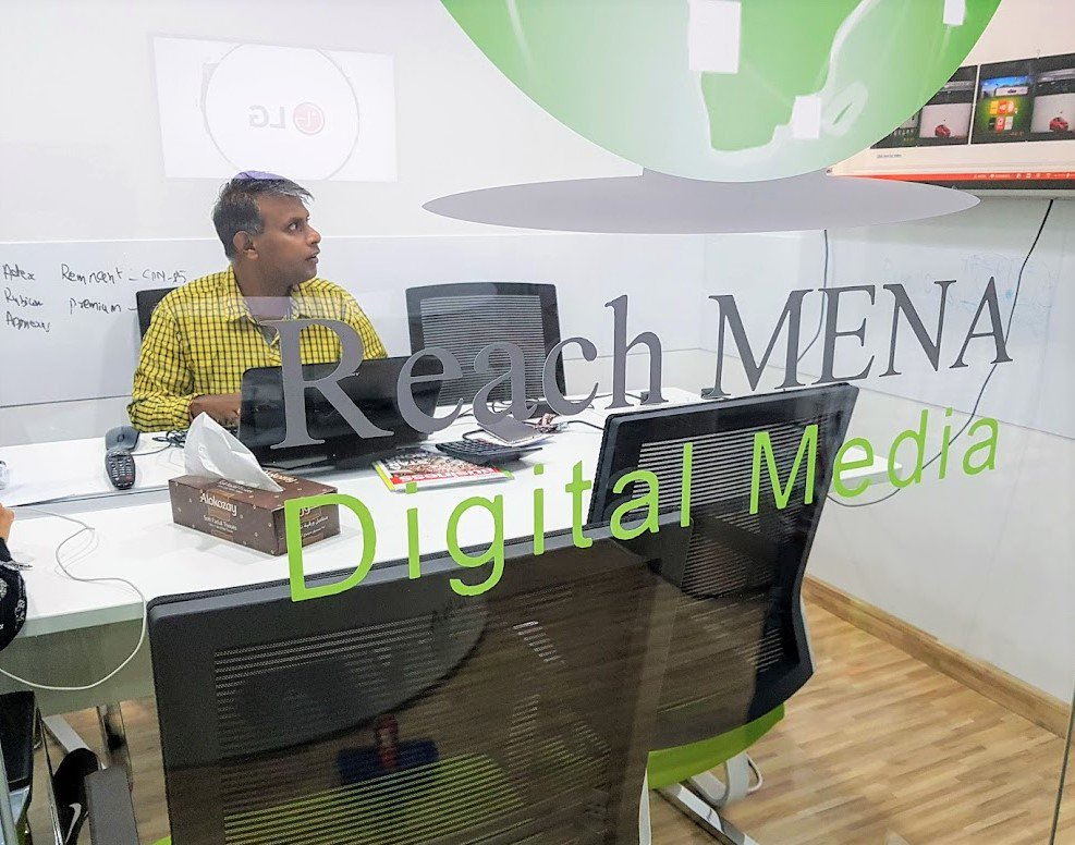 "test Twitter Media - It might be Thursday but we are not slowing down just yet.  ""Yey"" to new campaign bookings :-) @DXBMediaCity #dubaimediacity #dubaibusiness #advertising #media #mediaagenct #campaignmanagement #smarttvadvertising 👍🎉🎊🎈 https://t.co/myq3yKWycD"