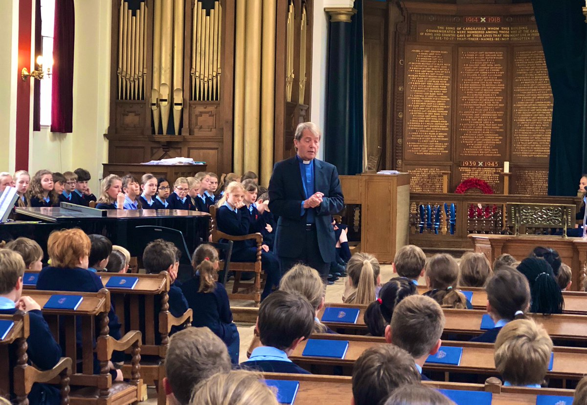 Our final Thursday morning Chapel of the year. A big thank you to Dr Barr, Minister @cramondkirk1, for coming coming every week to speak to us! #community #cramond #cargilfield