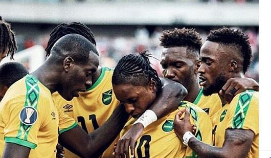 🇯🇲 1-3 🇺🇸 Unlucky Boyz. Well done on getting to the semis. We will be back. I just hope we learn from this. Tappa has a star in Bailey but no plans or strategy on how to use him to influence the game.  #ReggaeBoyz #2019GoldCup 🏆 #JFFLive #GoldCup #ReggaeFootball
