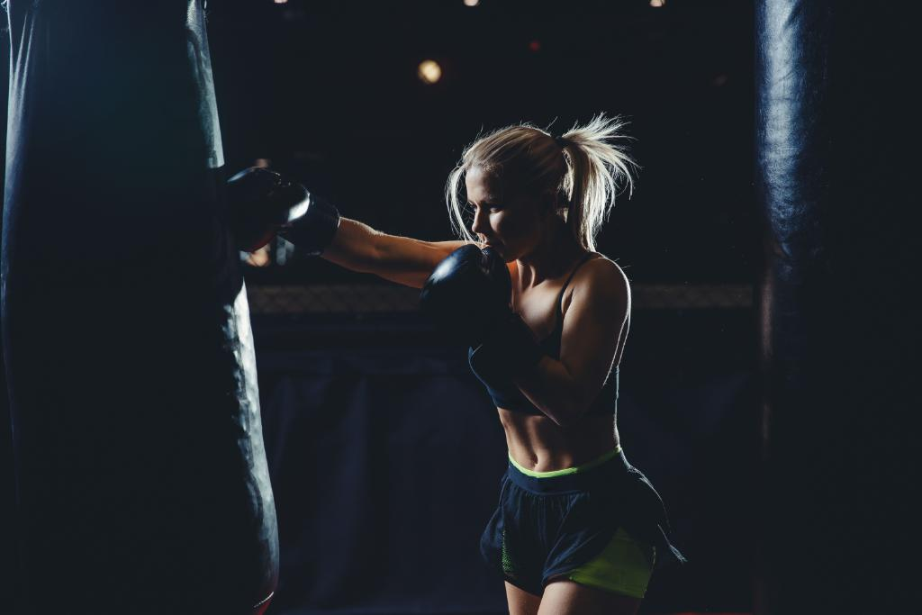 Looking for a great workout that melts calories and tests your endurance? Come along to City Club's popular boxing class - an intensive workout designed to show results! https://t.co/SnuZhl2Qd8 https://t.co/gKAqSes9UV