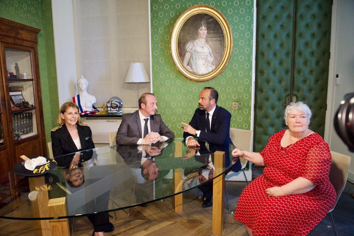 🔁 Entretien avec le Premier ministre, franc-parler. #Ajaccio #Corse