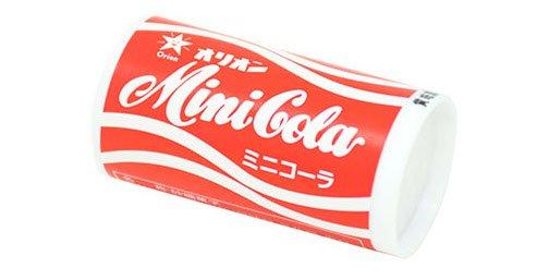 """【懐かしい】ラムネ菓子「ミニコーラ」が""""かき氷""""になって登場! パッケージはデザインを引き継いだ懐かしさ溢れるものに。全国の西友などで15日から販売される予定です。"""
