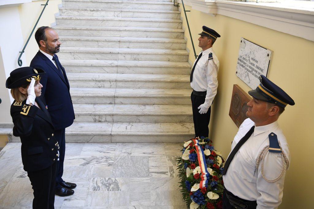 En mémoire du préfet Erignac.