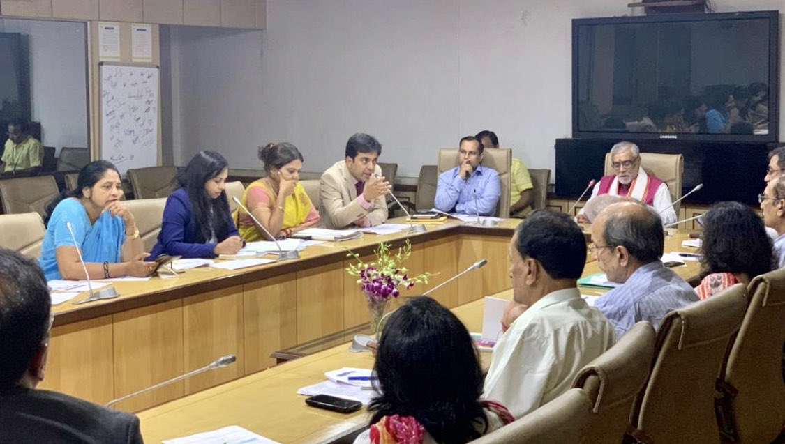 Great discussion at Advisory Board Meeting on healthcare initiatives for India under leadership of @AshwiniKChoubey Union Minister State Health , India in New Delhi today #Healthcare #NDTV #SkyNews #BBC #CNN #PIB #health