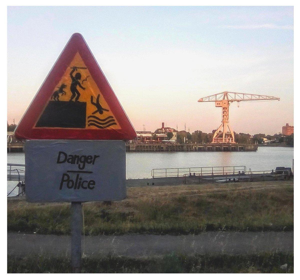 Aperçu à Nantes, sur les rives de la Loire.    #OuEstSteve