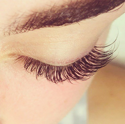 Plan something fun the day you get your lashes ... why? because you always feel a little prettier. . . . #lashpreneur#lashtips #lashartist#lashes  #lashartists#lashlift  #lashgoals#bellalash #lashmapping#lashfx #lashextensions #lashaffair#bellalash  #lashesforweeks #artandso…pic.twitter.com/bTH6OmgdKa