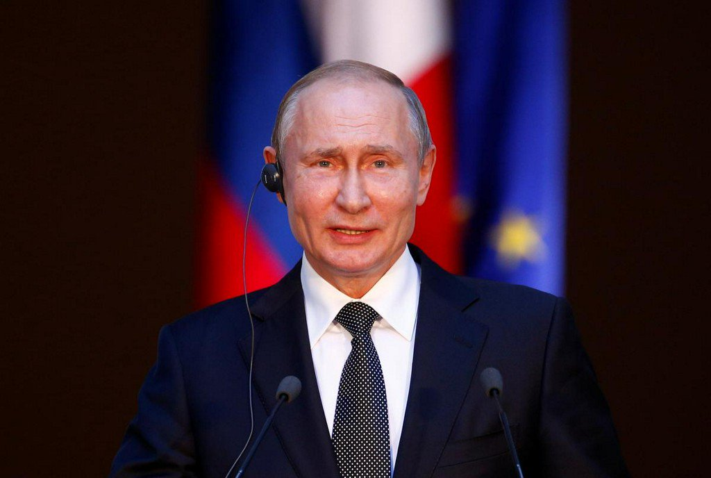 Putin warns that militants are flowing into Libya from Syria's Idlib https://t.co/jH31zL76IC https://t.co/X1xuLW9owI